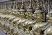 Der Tempel Wat Phra Kaeo in der Stadt von Bangkok — Stockfoto
