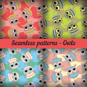 Owls. Set of seamless patterns. — Stockvector