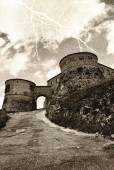 Old fortress under the rain — Stockfoto