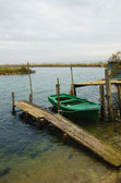Old boat in the lake — Zdjęcie stockowe