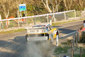 Audi quatro turning right — Stock Photo