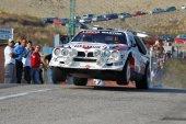 Lancia delta s4 jumping — Stock Photo