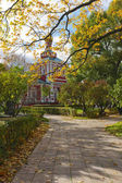 Autumn day in the Novodevichy Monastery in Moscow. — Stockfoto