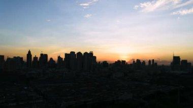 Sunshine morning time and transportation in Bangkok city Thailand, Timelapse 4k — Stock Video