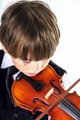 Red-haired preschooler boy with violin — Foto Stock