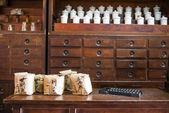 Chinese herbs used in placing the jars and drawers — Foto de Stock