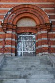 Entrance to an old building in Sweden — Stock Photo