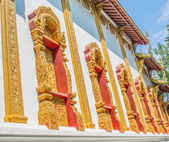 Thai temple windows — Stock Photo