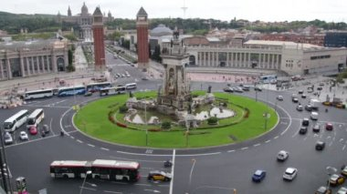 Plaza Spain in Barcelona Vehicles Traffic Scenics Time Lapse. Vehicles in the Plaza Spain in Fira de Barcelona. — Stockvideo