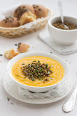 Pumpkin soup with lentils — 图库照片
