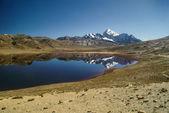 Lago en los Andes — Foto de Stock