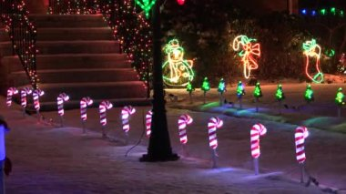 Walkway Christmas lights decoration — Stock Video