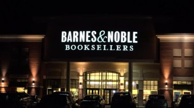 Barnes And Noble Booksellers — Stock Video