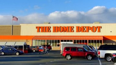 Home Depot store, Us Flag Waving — Stock Video