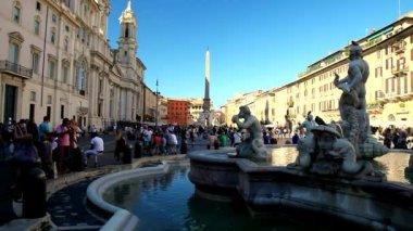 Moor fountain in Rome — Stock Video