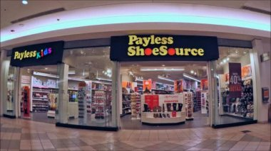 Payless ShoeSource storefront — Stock Video
