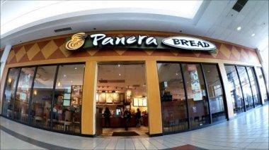 Customer Exits Panera Bread Restaurant — Stock Video