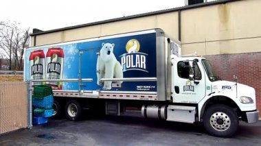 Polar Bear Beverages Truck — Stock Video