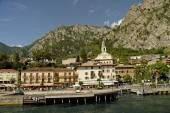 Limone is one of the most renowned tourist resorts on Lake Garda — 图库照片