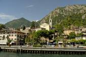 Limone is one of the most renowned tourist resorts on Lake Garda — Stock Photo