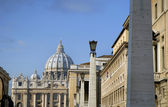 St peters square and Basiica in Rome Italy — 图库照片