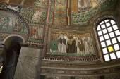 10th century Mosaics in church in Ravenna Italy — Stock Photo