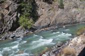 The Animas River from the Durango to Silverton Railway in Colorado USA — Stock Photo