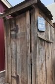 Toilet of the 1880s in the old Cowboy Town of Tombstone Arizona USA — Stockfoto