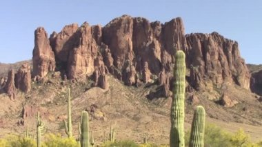 Superstition Mountains, Arizona — Stockvideo