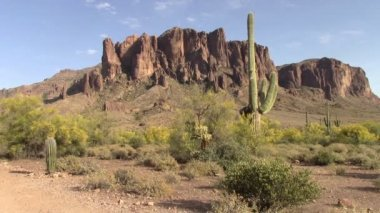 Superstition Mountains, Arizona — ストックビデオ