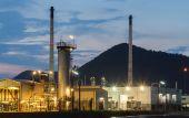 Oil refinery petroleum industrial — Stock Photo