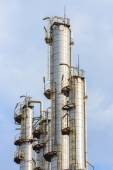 Oil refining tower, industrial — Stock Photo