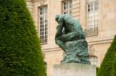 The thinking in Rodin museum in Paris - taken 14 June 2013 — Stock Photo