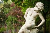 Statue in Monceau Park  in Paris — Stock Photo