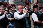 Mulhouse - Francia - 14 giugno 2015 - musicisti scozzesi durante la manifestazione per la pace — Foto Stock