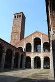 ミラノのサンタンブロージョ教会 — ストック写真