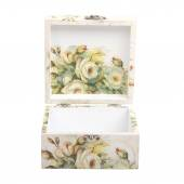 Floral pattern box decorated with decoupage paper handmade — Zdjęcie stockowe
