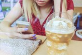 Woman using a smart phone — Stock Photo