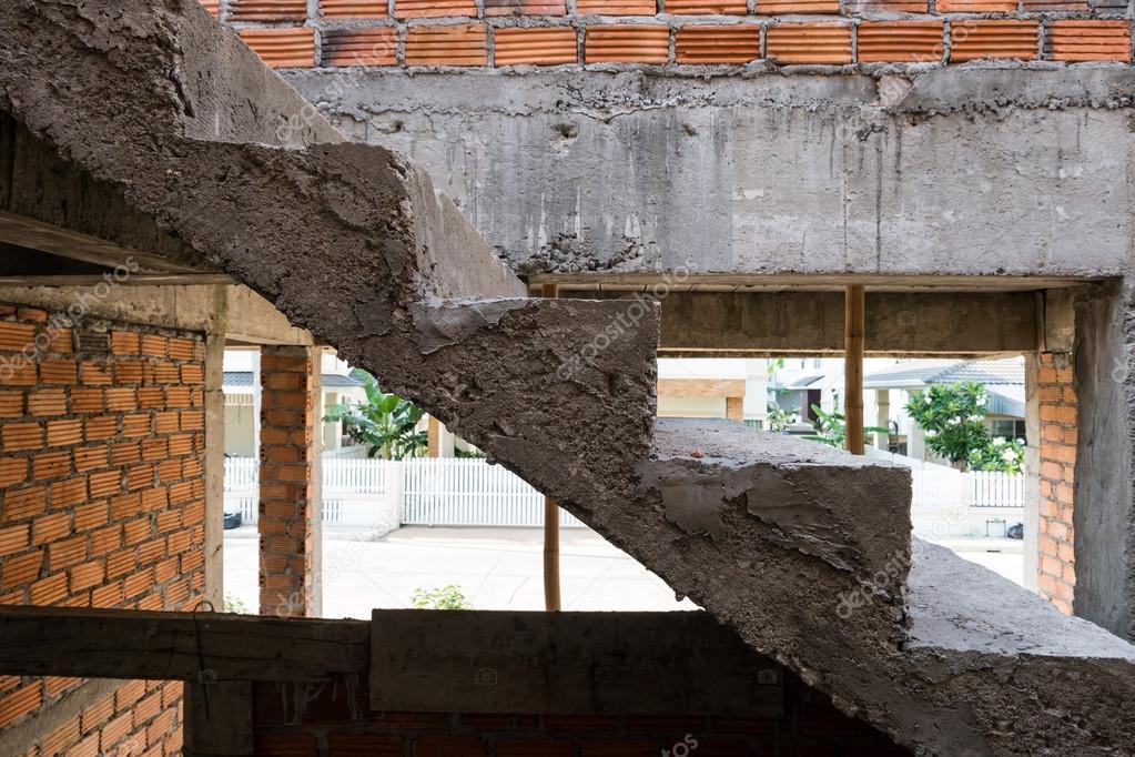 Estructura de hormig n de cemento escalera en casa for Hacer escalera de cemento
