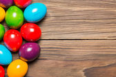 Easter eggs on table — Stockfoto