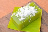"""Kanom Piak poon"" is name of Thai dessert or black coconut sweet pudding — Stock Photo"