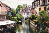 Panoramic view on canal in Petite Venice neighborhood of Colmar, — Foto de Stock