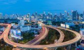 Cityscape twilight with Baiyok tower in Bangkok — Stock Photo