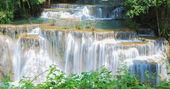 Thailand waterfall in Kanchanaburi (Huay Mae Kamin) — Stock Photo