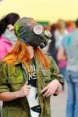 Jongens en meisjes veel plezier op een festival van holi — Stockfoto