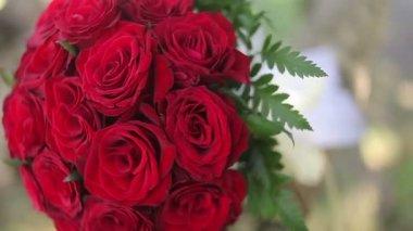 Wedding bouquet of fresh flowers.Wedding bridal bouquet.Wedding floristry. — Stock Video