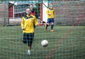 Football players in Seydisfjordur Iceland2 — Stock Photo