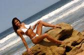 アンタイド白いひも - よく注油ブラジル キューティーハニー - フロント側と背面ビュー - 風景 — ストック写真