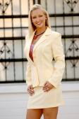 Beige Business Suit - Perfect Blond Model for this outfit — Stock Photo