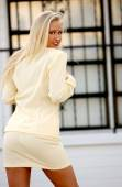 Beige Business Suit - Perfect Blond Model for this outfit — ストック写真